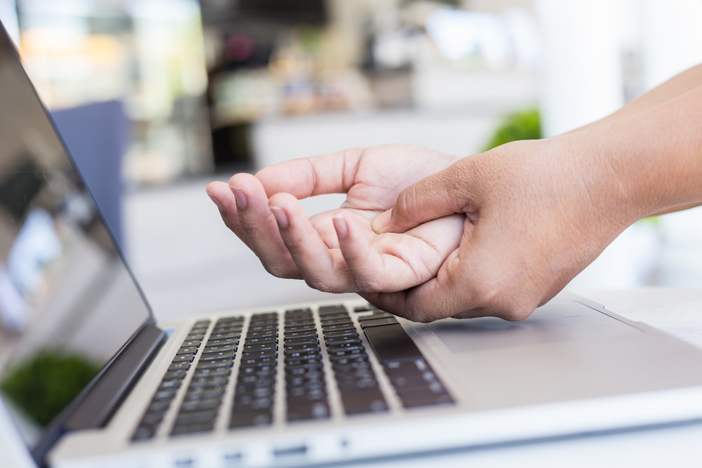 Sore Wrists After Work? Here's the Benefit of Chiropractic Treatment for Carpal Tunnel Syndrome in Snohomish